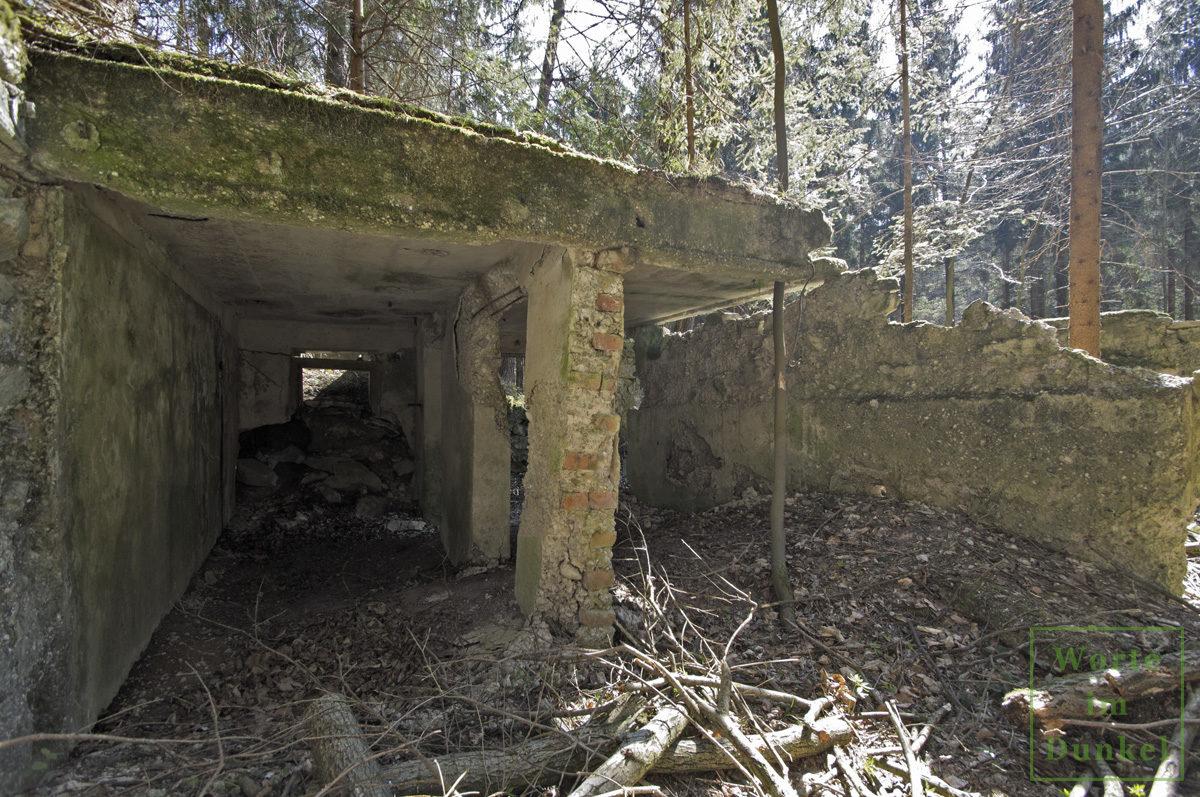 Bauliche Reste eines Offizierswohnhauses des Reichsarbeitsdienstes