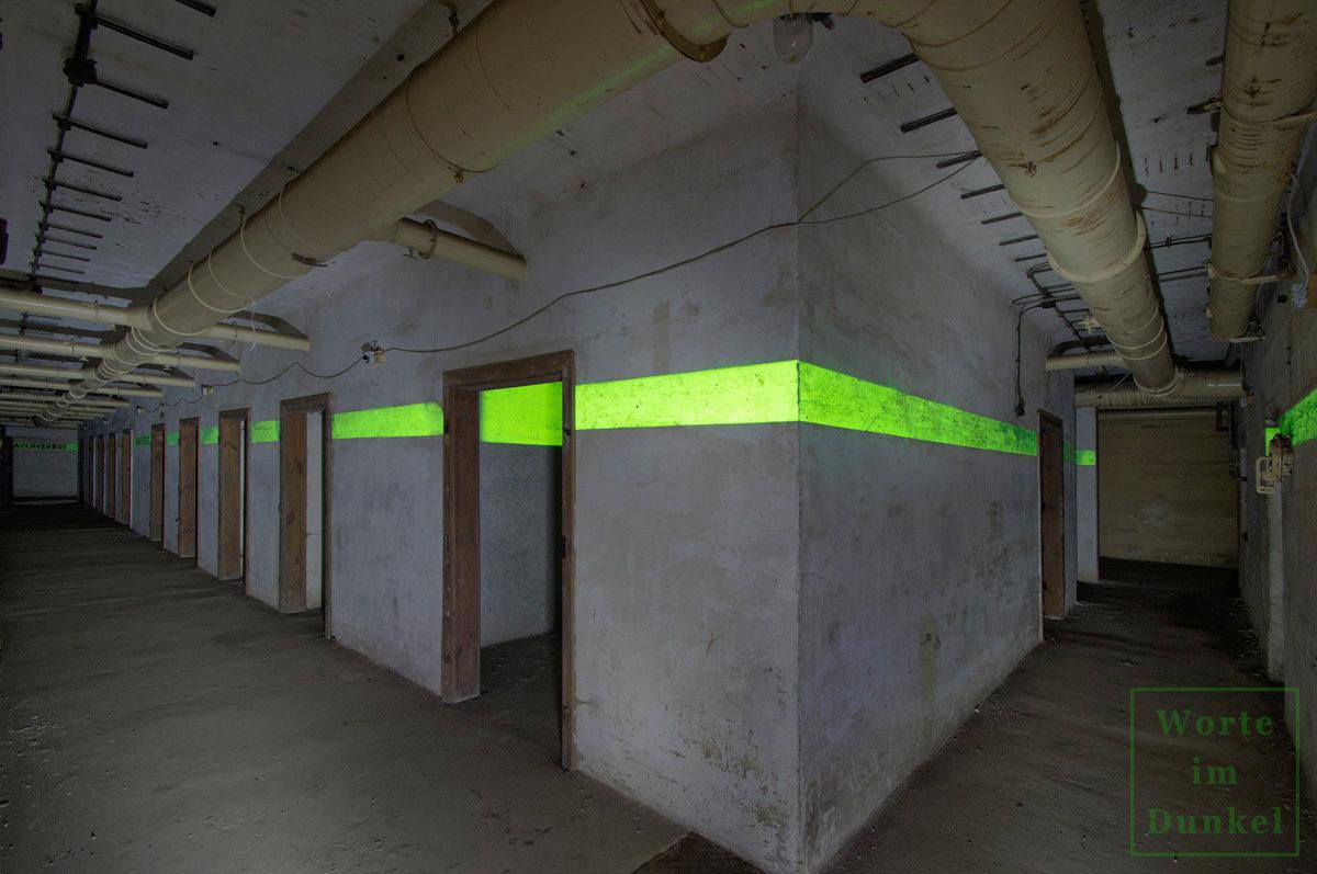 Kammer reiht sich an Kammer in einem Tiefbunker