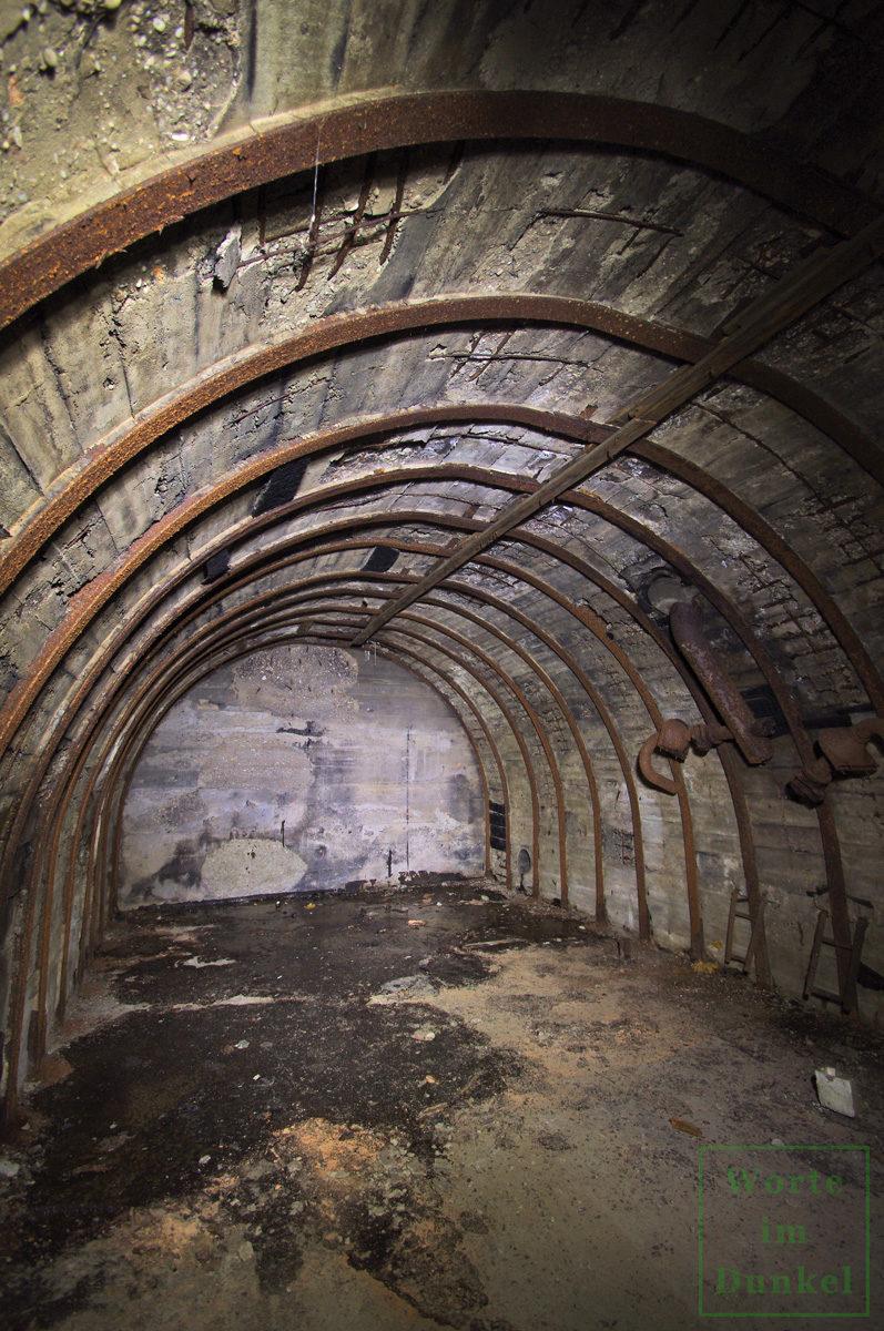 Das gewölbte Innere eines Salzgitterbunkers