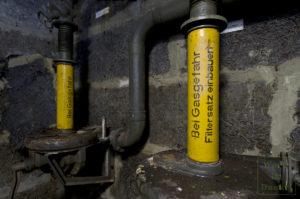 Filteranlage mit dem Hinweis, bei Gasgefahr die Filtersätze einzubauen