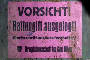 "Aushang der ""Drogistenschaft im Gau Wien"" zu den ausgelegten Rattenködern"