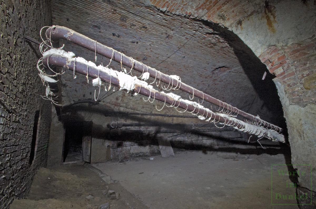 Brauereikeller, in dem die Rüstungsindustrie kriegswichtige Güter produzierte