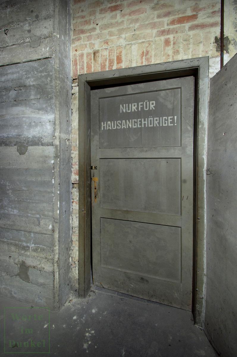 Diese Türe durfte nur von Hausangehörigen durchschritten werden.