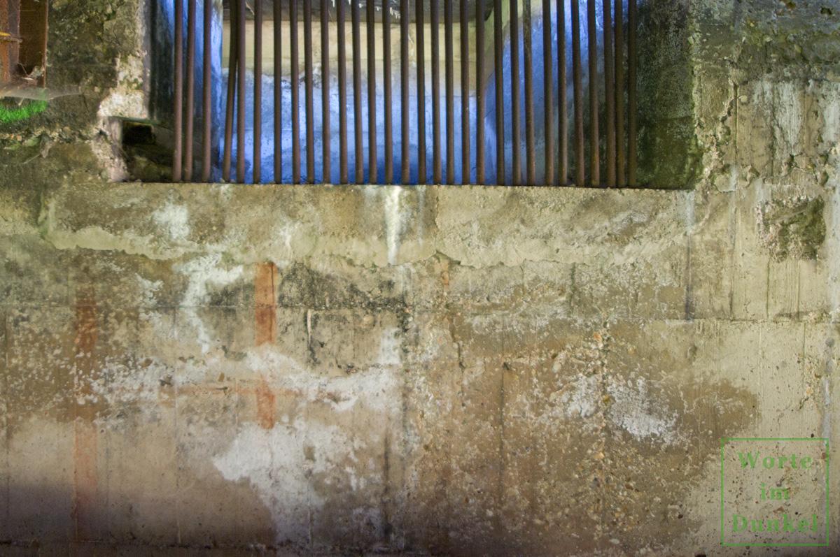Auch hier ist ein braunes Fensterkreuz der ehemaligen Tarnbemalung erkennbar.